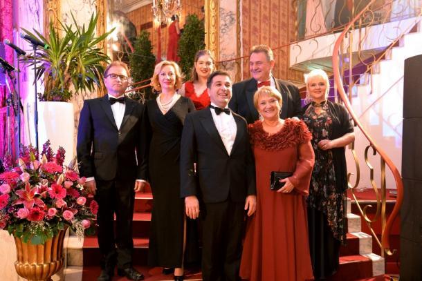 Na tradicionalnom 27. Hrvatskom balu u Beču prisustvovao i župan Čačić te članovi Organizacijskog odbora Svečanog bala