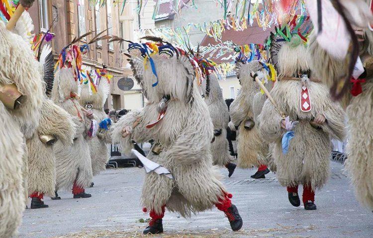 Ove godine Varaždin će zahvatiti prava karnevalska ludnica – dolaze Kurenti iz Ptuja