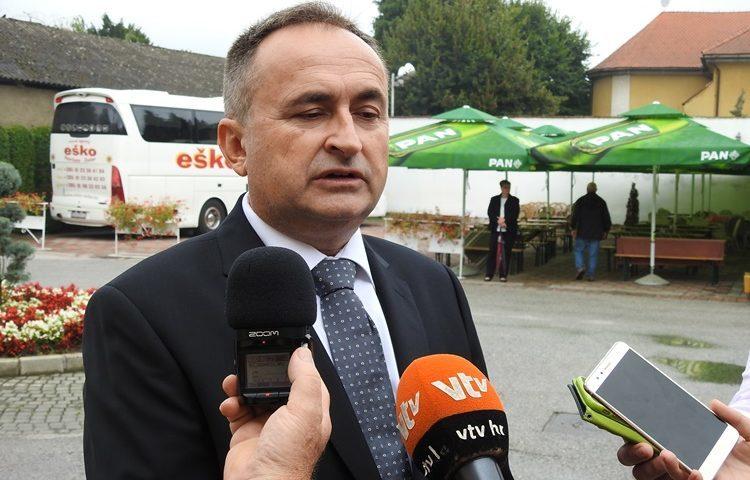 Ludbreg, Ivanec ….. žele osnivačka prava nad školama