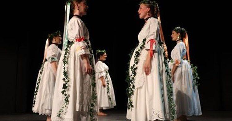 """U koprivničkom Domu mladih održana je večer dječjeg folklornog stvaralaštva """"Mi smo djeca vesela"""""""