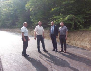 Župan i načelnik Bakšaj obišli radove na modernizaciji cesta u općini Sokolovac