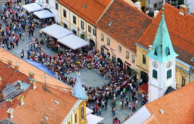 """U dva mjeseca Varaždincima i gostima nudi se 100-tinjak događanja. Pogledajte bogat program """"Ljeta u Varaždinu"""""""