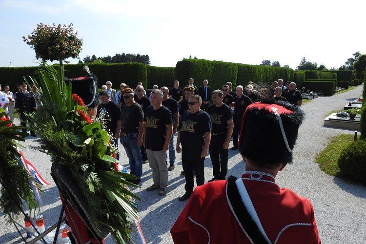 Uoči Dana državnosti u Varaždinu položeni vijenci i odana počast poginulim braniteljima