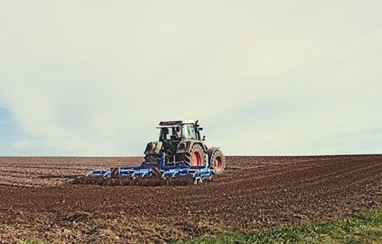 traktor, oraci
