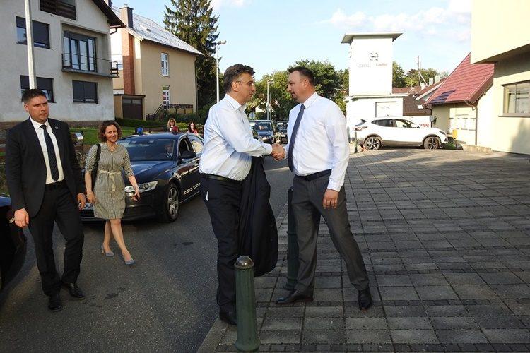 Predsjednik HDZ-a Plenković i stranački dužnosnici iz Varaždinske županije sastali se u Novom Marofu