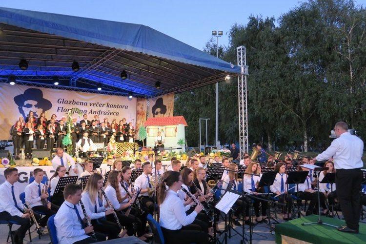 6. Glazbena večer kantora Florijana Andrašeca oduševila mnogobrojnu publiku