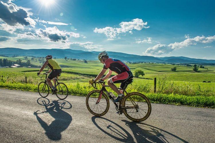 Trčite ili biciklirate u doba koronavirusa? Metar do dva distance nisu dovoljni!