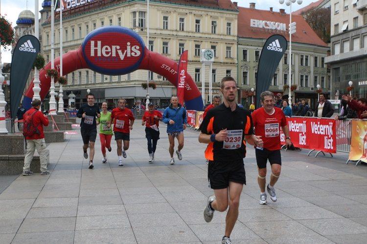 Upozorenje: Zbog maratona zatvoren širi centar Zagreba, ne voze ni tramvaji