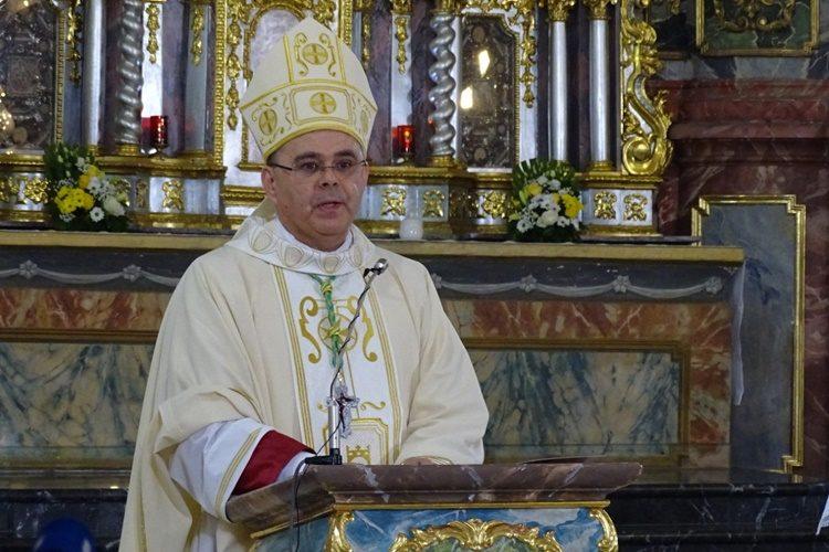 Varaždinski biskup Radoš predvodit će Misu Večere Gospodnje – prijenos uživo na VTV televiziji