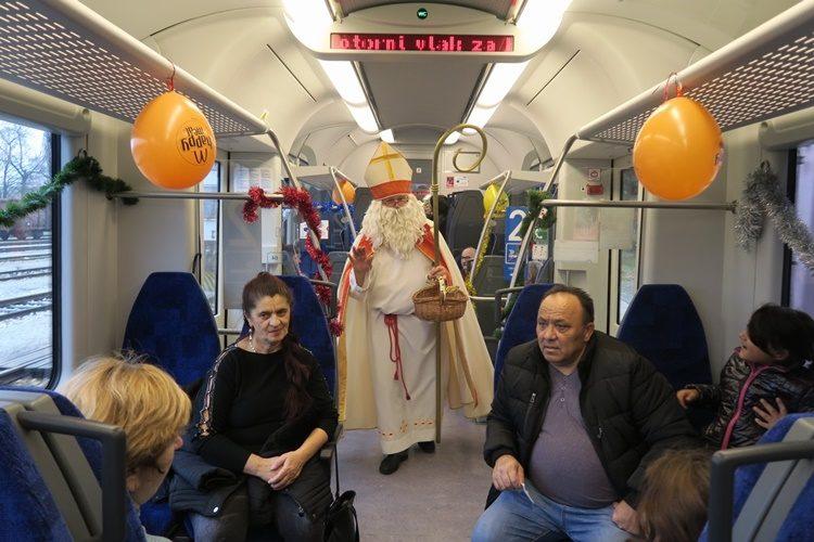 Sveti Nikola darivao djecu u božićnom vlaku – nikad veselija vožnja od Čakovca do Donjeg Kraljevca!
