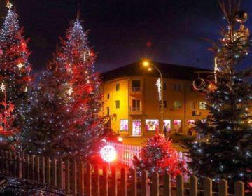 ADVENT U IVANCU Uživajte na klizalištu od 250 m2 i u ponudi Božićnog sajma!