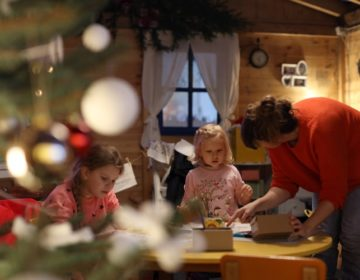 Advent u Varaždinu: U kućicu Djeda Mraza stiže omiljeni djedica glavom i bradom!