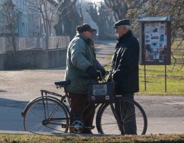 Zagreb: započela isplata novčane pomoći umirovljenicima