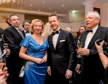 VARAŽDINCI NA GLAMUROZNOM BALU U BEČU: Martinčević  predstavila Županiju austrijskom ministru financija Bluemelu