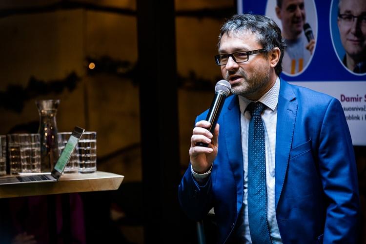Državni tajnik Antonić na panelu o jedinstvenim prilikama Hrvatske u području umjetne inteligencije: Cilj je stvaranje konkurentnog i inovativnog okruženja