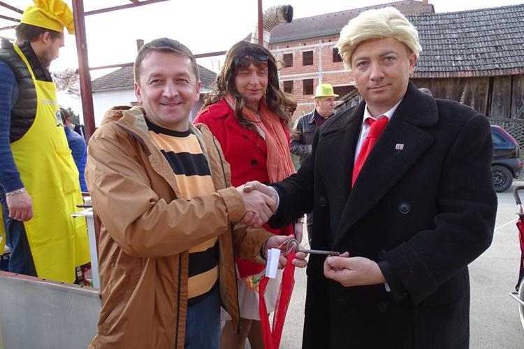 """MALI BUKOVEC """"Donald Trump"""" preuzeo vlast od načelnika Markovića"""