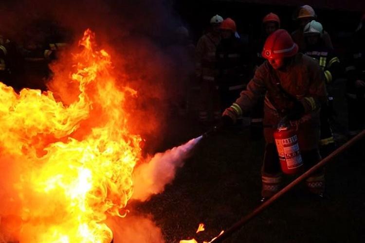 Požar na građevinskom objektu zbog neispravnosti električne instalacije