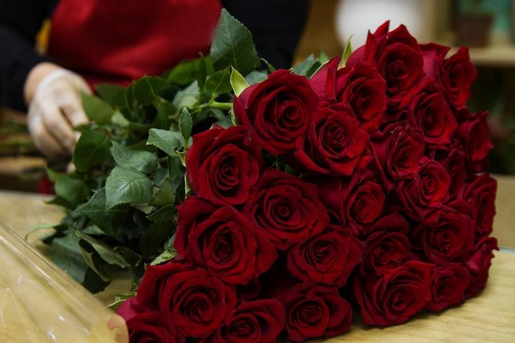 UZ VALENTINOVO Pogledajte koliko se ruža zbog Dana zaljubljenih uveze u Hrvatsku