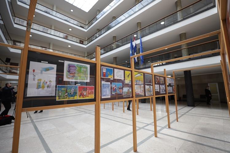 U Zagrebu otvoren 13. Međunarodni zagrebački salon auto-karikature – doznajte tko je osvojio nagradu od čak 2.500 eura