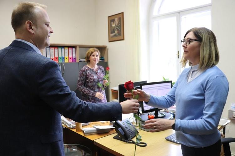 Evo kako je gradonačelnik Jakšić iznenadio i razveselio brojne sugrađanke