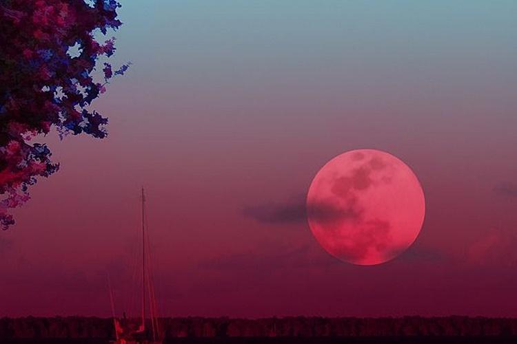 Večeras Ružičasti supermjesec – najveći i najsjajniji mjesec ove godine