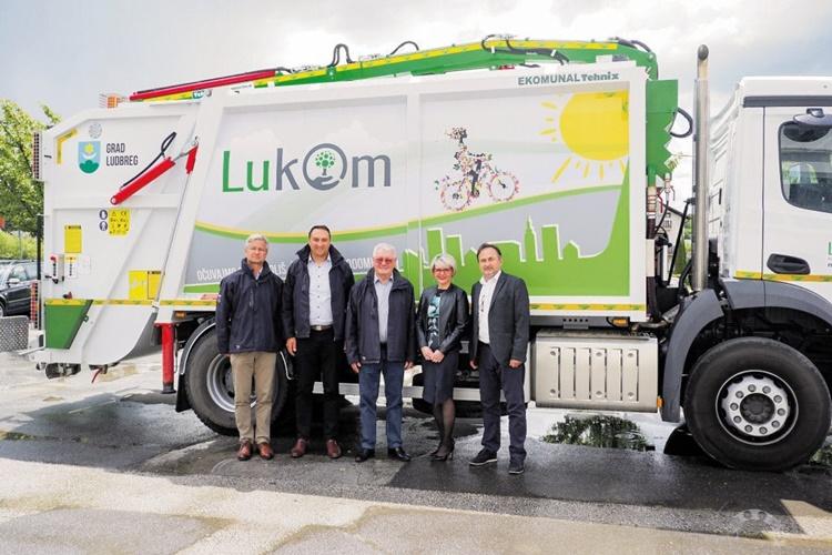 NOVO VOZILO LUKOMU Bilić: Vozilo je prilagođeno našoj strategiji izgradnje polupodzemnih kontejnera