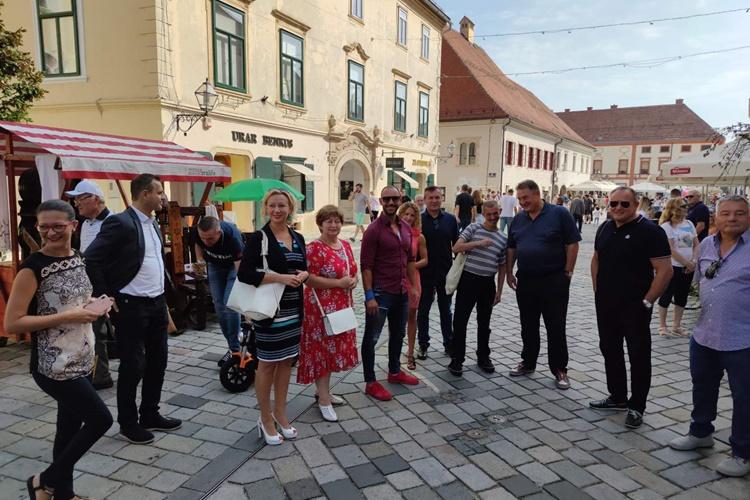 FOTO: Obrtnički ulični sajam u Varaždinu – podršku obrtnicima došli pružiti župan, gradonačelnik, varaždinski saborski zastupnici…