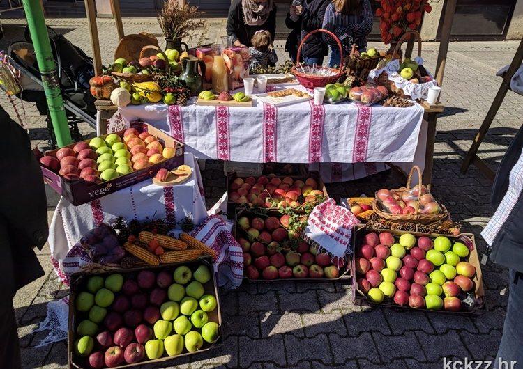 Poznati jesenski mirisi i plodovi okupirati će đurđevački trg – to se ne propušta!