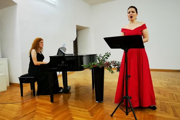 Koncert u Muzeju Grada Đurđevca: publiku svojim glasom oduševila poznata sopranistica Ana Jembrek