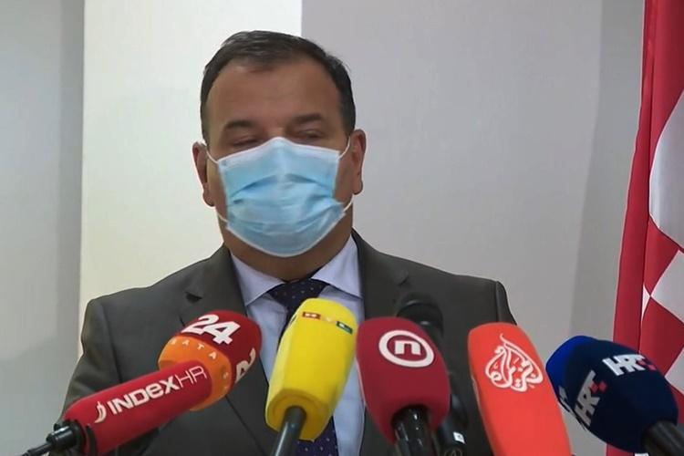 KORONA U HRVATSKOJ Danas manje novozaraženih, preminulo 15 osoba, među njima i maturantica