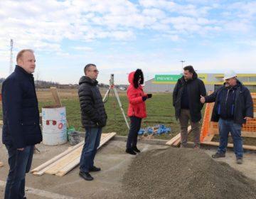 Gradonačelnik Jakšić sa suradnicima obišao 1,5 milijuna kuna vrijedne radove u poduzetničkoj zoni Radnička