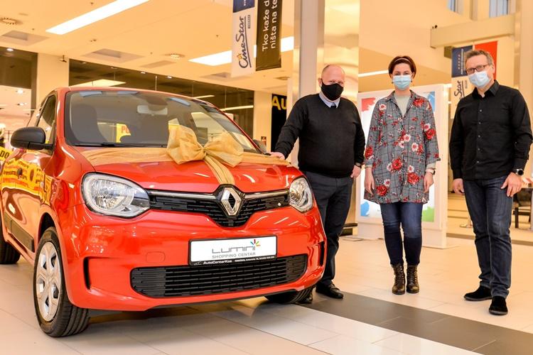 LUMINI Sretni Kneginčanin preuzeo ključeve Renault Twinga