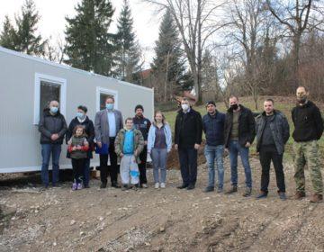 Četveročlana obitelj iz Gore kod Petrinje smještena u stambeni kontejner koji joj je osigurao Grad Lepoglava