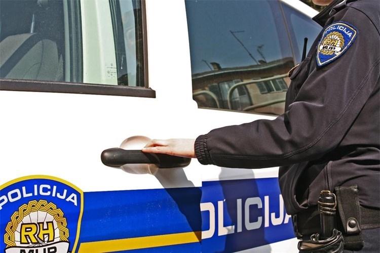 Zbog prometnih prekršaja vozač kažnjen kaznom zatvora