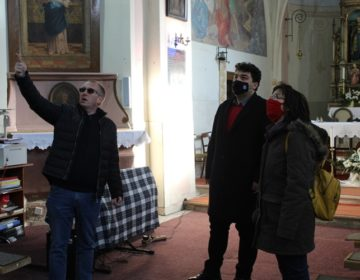 Gradonačelnik Rajn obišao crkve u Gornjem Dubovcu i Malom Ravnu stradale u potresu