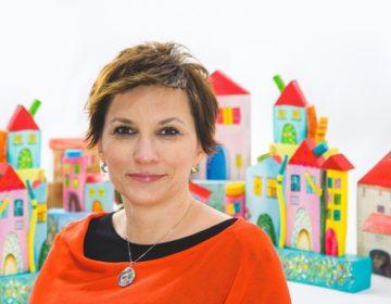 KREATIVNOST I VJEŠTINA – ČAROLIJA Čakovčanka Andreja Rodiger unikatne drvene kućice pretvara u ljupke uporabne predmete