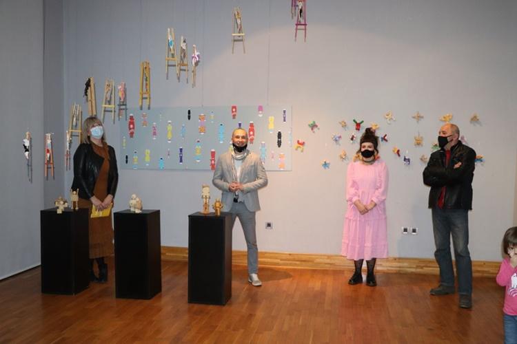 """U Galeriji Koprivnica otvorerna izložba """"Čarlijev svijet igračaka"""""""