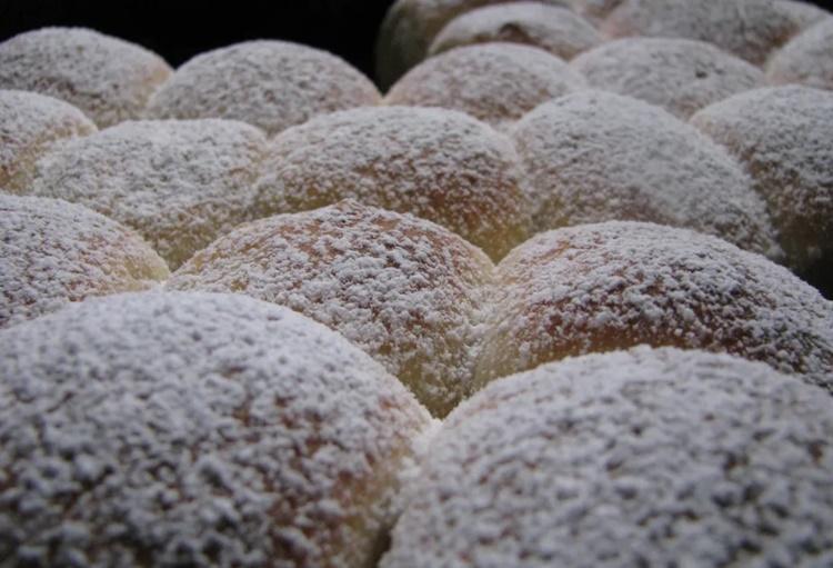 Njihov miris podsjeća na bakinu kuhinju – donosimo recept za buhtle!