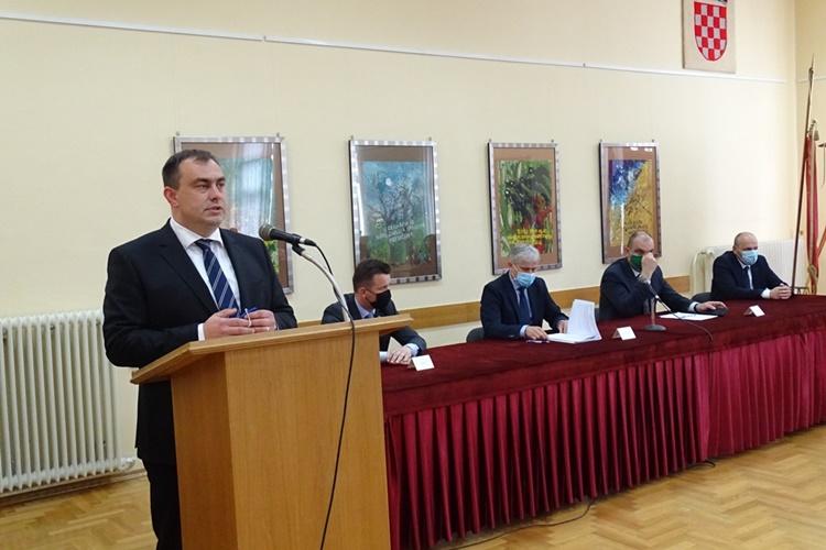 Gradonačelnik Gregurović i generalni direktor Hrvatskih voda Đuroković potpisali ugovor za sanaciju klizišta vrijedan 2,6 milijuna kuna