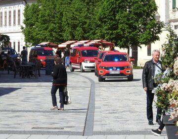 Mimohodom vatrogasnih vozila obilježen Dan vatrogastva i njihova zaštitnika sv. Florijana