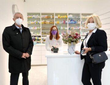 Ljekarne Zagrebačke županije otvorile novu poslovnicu u Rudama – Župan Kožić  se susreo i s proizvođačima rudarske greblice