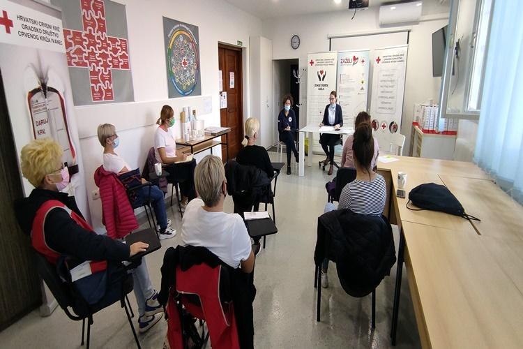 GDCK Ivanec: uspješnih 9 mjeseci projekta Zaželi – Aktivne u zajednici, zbog brojnih poteškoća u pružanju socijalnih usluga najavljen i okrugli stol